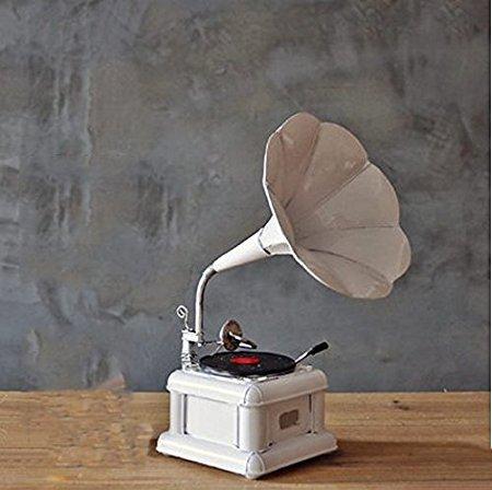grammofono antico bianco m