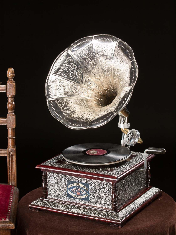 grammofono antico nostalgia
