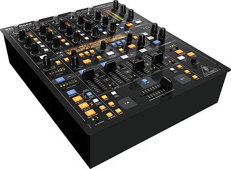 Behringer-DDM-4000-mixer-dj