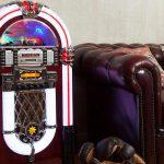 Quattro Modelli di Juke Box Vintage Sulle Ali della Tecnologia